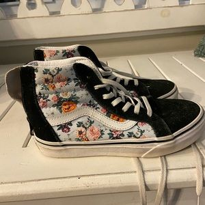 Girls Hightop Vans